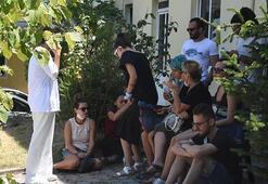 Adli Tıp Kurumu önünde Pınar Gültekinin ailesinin en acı bekleyişi
