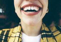 Aralıklı dişlere kolay çözüm