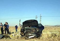Kıbrıs gazisi ve eşi kazada öldü, kızı ve 2 torunu yaralandı