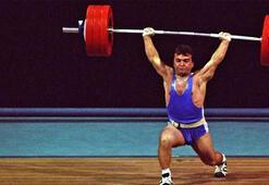 Naim Süleymanoğlunun 1996 Atlanta Olimpiyatlarında kazandığı madalya unutulmadı