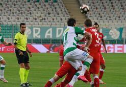 Play-off yarı final ilk maçında Bursaspor ile Adana Demirspor 0-0 berabere kaldı