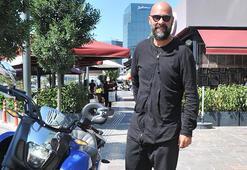 Motosiklet tutkunu Esat Yontunç