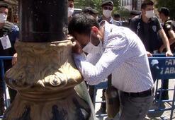 Bir vatandaş Ayasofyaya giremediği için ağladı