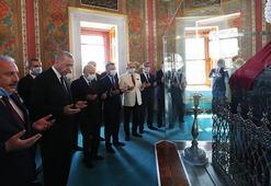 Son dakika: Cumhurbaşkanı Erdoğan ve Devlet Bahçeli Fatihin türbesinde