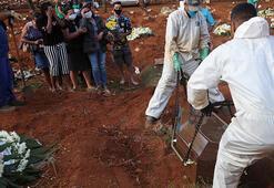 Koronavirüs diz çöktürdü... 24 saatte binlerce ölü