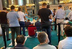 Ayasofya Camii bugün de ziyaretçi akınına uğradı