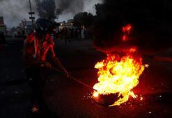 Bağdatta tansiyon düşmüyor Göstericilerin üzerine ateş açıldı
