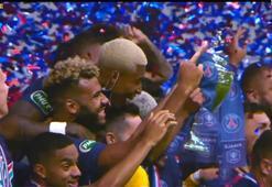 PSGli oyuncuların Fransa Kupası coşkusu...