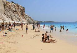 Kaputaş Plajına tatilci akını
