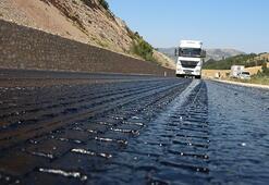Tokatta şok eden manzara 35 derece sıcaklık asfalt eritti