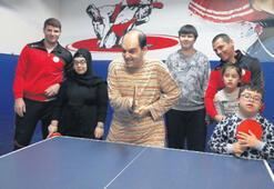 Engelliler için özel masa tenisi kursu