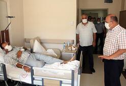 Mut Kaymakamı Köken devrilen otobüste yaralanan askerleri ziyaret etti
