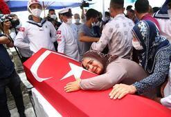 Mersinde devrilen otobüste şehit olan er Mustafa Dağlı son yolculuğuna uğurlandı