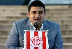 Ali Şafak Öztürk: Podolski Antalyada çok mutlu