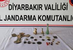 Tarihi eserleri satmaya çalışan 4 kişi suçüstü yakalandı