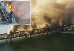 ABDde köprü çöktü, tren yanıyor