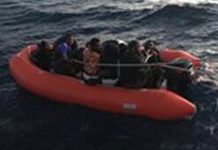 Yunanistan ölüme terk etti Sahil Güvenlik kurtardı
