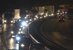 Kocaeli Anadolu Otoyolunda trafik yoğunluğu başladı