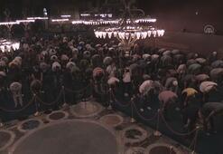 Ayasofya-i Kebir Cami-i Şerifine ziyaretler sürüyor