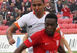 Bandırmaspor, Ganalı futbolcu Otooyu transfer etti