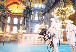 Ayasofya Camii'ne ilgi devam ediyor
