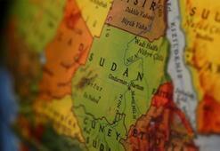 Sudanda kamyonetle otobüs çarpıştı Çok sayıda ölü ve yaralı var