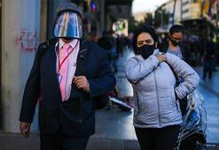 Kolombiyalılar dışarıya maskesiz çıkmıyor