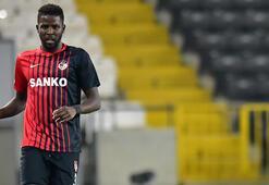 Gaziantep FKnin Senegalli futbolcusu Djilobodjiden kariyer rekoru
