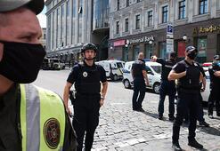 Son dakika: Kiev'de bankada rehine krizi