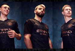 Manchester City yeni sezon deplasman formasını tanıttı