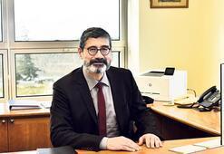 Prof. Leblebici'ye Üstün Başarılı Mezun Ödülü