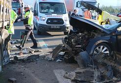 Boluda otomobil TIRa arkadan çarptı: 3 ölü, 1 yaralı