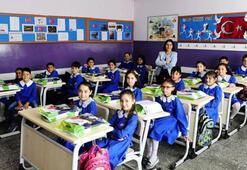 Okullar ne zaman, hangi tarihte açılacak 2020 - 2021 Eğitim yılı takvimi açıklandı