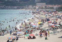 Belediye Başkanının tatilci isyanı: Çocuk bezlerini kuma gömmeyin