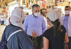 Vali Yerlikaya Mısır Çarşısındaki denetimlere katıldı