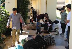 Kaçak göçmenler paraları bitince Diyarbakırda otogarda kaldı