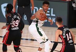 Bucks, NBA Doğu Konferansı liderliğini garantiledi