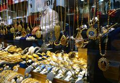 Altın rekor kırıyor Yatırımcılar külçe altına yöneliyor