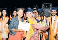Yılmadı, yüksek şerefle mezun oldu