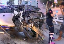 Kartalda otomobil bariyere çarptı: 3 yaralı