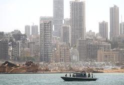 Beyrut Limanında iki vinç yeniden faaliyete girdi