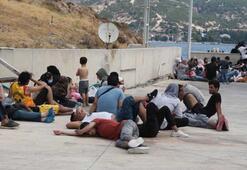 Yunanistanın denize bıraktığı 90 kaçak göçmen kurtarıldı