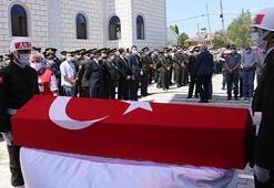Şehit Uzman Çavuş Süleyman Uralın cenazesi Samsunda toprağa verildi