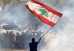 Lübnan'da değişim çağrısı