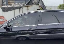 Şoför seyir halindeyken direksiyonu çocuğa tutturdu