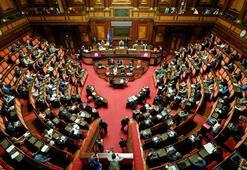 İtalyada koronavirüs yardımından faydalanan 5 milletvekiline istifa çağrıları