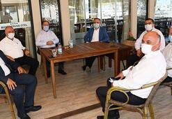 AK Partili Bülent Turan, CHPli belediye başkanlarıyla bir araya geldi