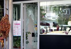 Adanada kadın kılığındaki hırsızların kuyumcu soygunu güvenlik kamerasında