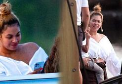 Beyonce ailesiyle tekne gezintisinde görüntülendi