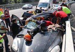Milyonluk araç paramparça oldu Kazadan ilk görüntüler...